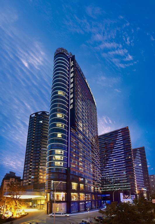 成都首座万丽会议酒店