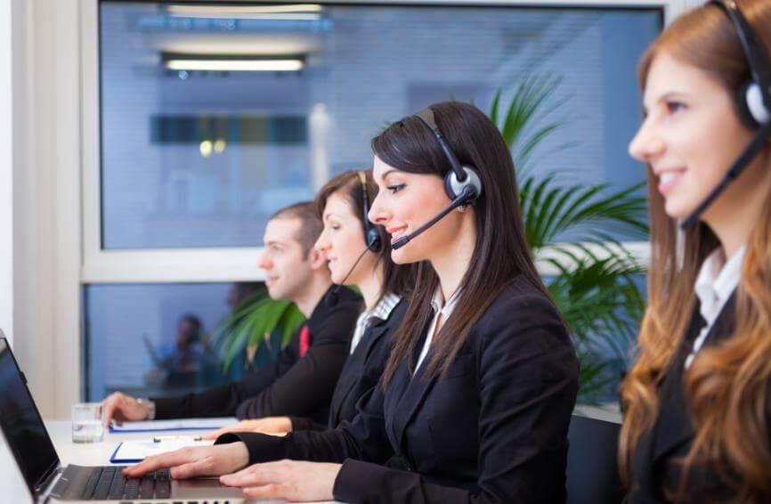 涉外会议依托专业会议翻译服务搭建沟通桥梁